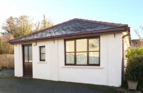 Last Minute Cottages - Cosy Haverfordwest Cottage S4991