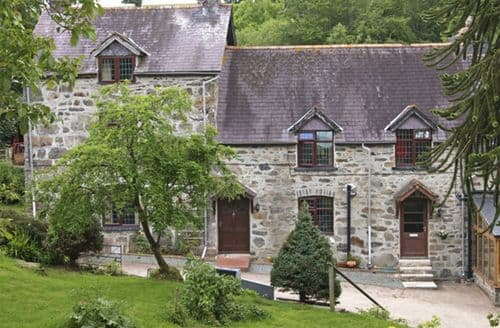 Last Minute Cottages - Rhiwlas Cottage