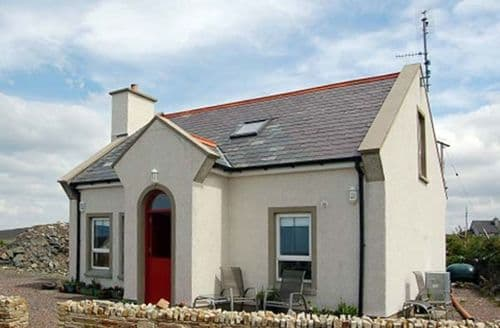 Last Minute Cottages - Superb  Cottage S5084