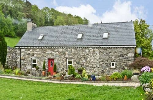 Last Minute Cottages - Delightful  Fada S5120