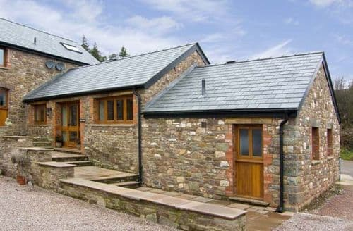 Last Minute Cottages - Beautiful Abergavenny Byre S5145