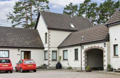 Last Minute Cottages - Attractive Newtonmore House S5150