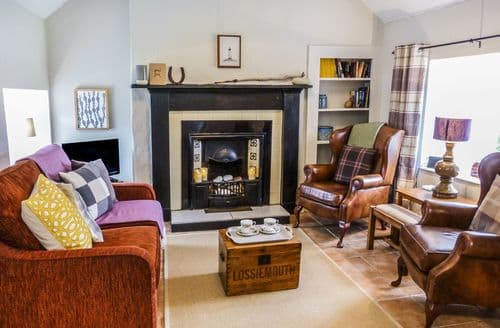 Last Minute Cottages - Captivating Lossiemouth Cottage S60302