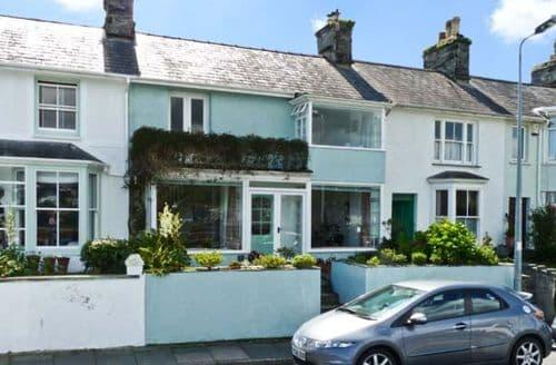 Last Minute Cottages - 7 Ivy Terrace