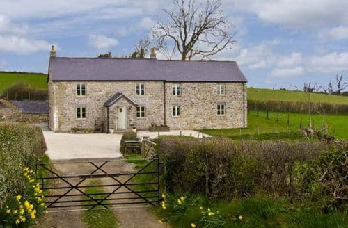 Last Minute Cottages - Tasteful Denbigh Uchaf S5219