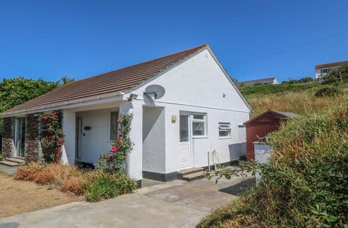 Last Minute Cottages - Inviting Newquay Shack S2319