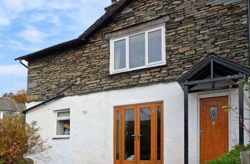 Last Minute Cottages - Woodbine Cottage