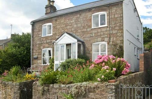 Last Minute Cottages - Charming Cinderford View S2404