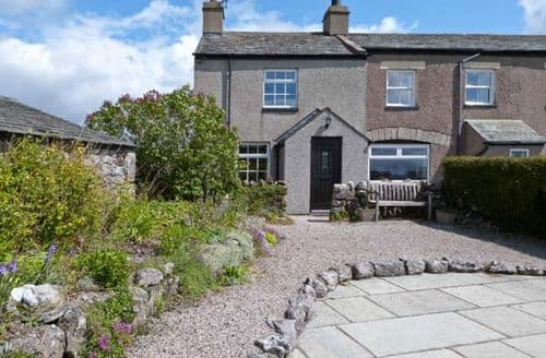 Last Minute Cottages - Cosy Carnforth Cottage S3716
