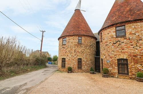 Last Minute Cottages - Lovely Sittingbourne Cottage S74027