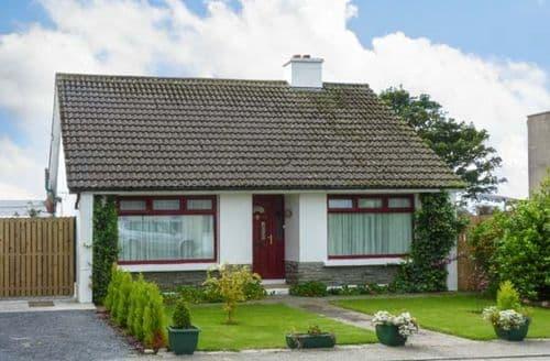 Last Minute Cottages - Attractive  Bungalow S5485