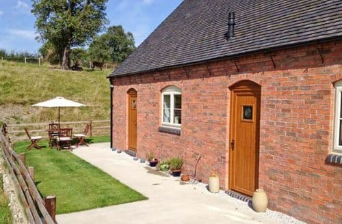 Last Minute Cottages - Quaint Belper Cottage S3774
