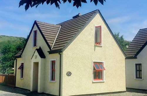 Last Minute Cottages - 72 Clifden Glen