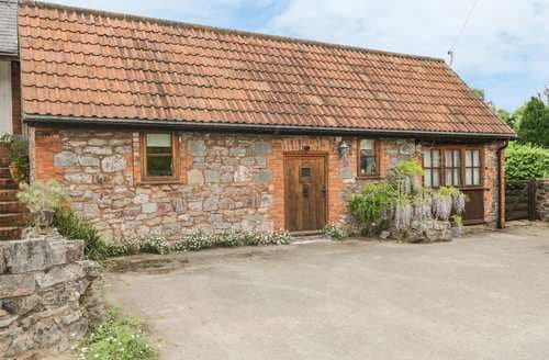 Last Minute Cottages - Stunning Cullompton Barn S2455