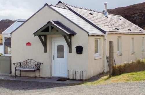 Last Minute Cottages - Superb Isle Of Lewis Hall S6588