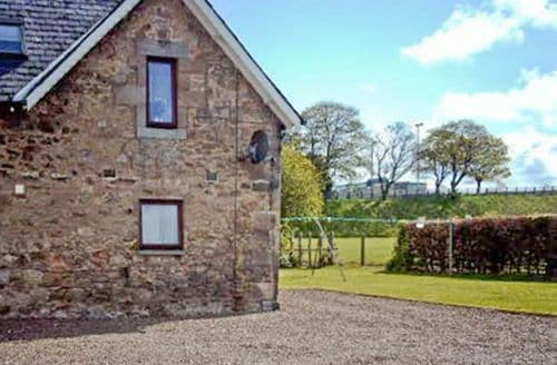 Last Minute Cottages - Adorable Berwick Upon Tweed House S3846