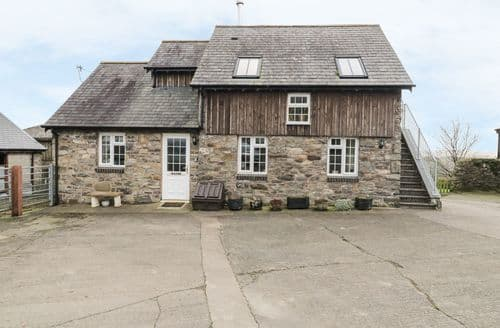 Last Minute Cottages - Halfen Granary