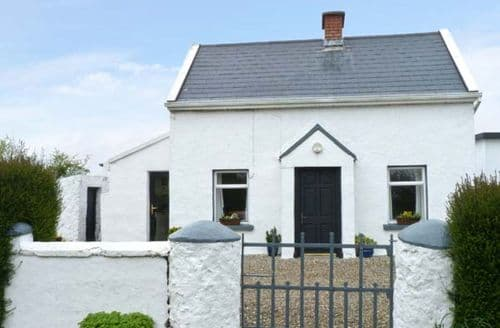Last Minute Cottages - Lovely  House S5632