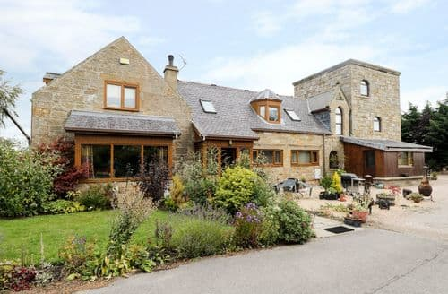 Last Minute Cottages - Charming Forres Tower S5637