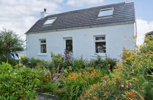 Last Minute Cottages - Beautiful Portree Aird S5652