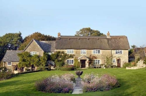 Last Minute Cottages - Colly Cottage