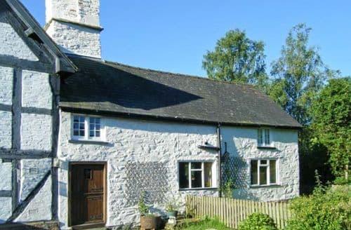 Last Minute Cottages - Superb Bucknell Cottage S2537