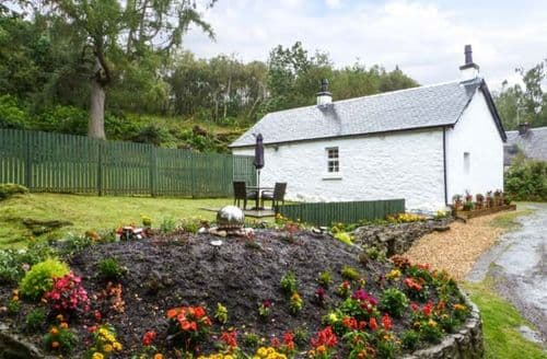 Last Minute Cottages - Inviting Helensburgh Rental S5716
