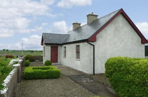 Last Minute Cottages - Charming  Lodge S5710