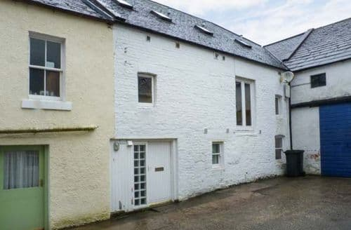 Last Minute Cottages - The Old Brewery Store