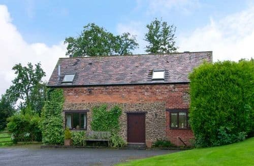 Last Minute Cottages - Luxury Bewdley Barn S2547