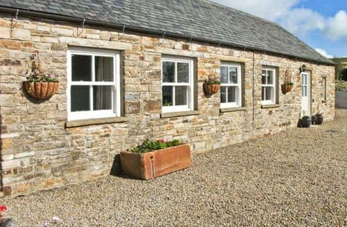 Last Minute Cottages - The Byre at High Watch