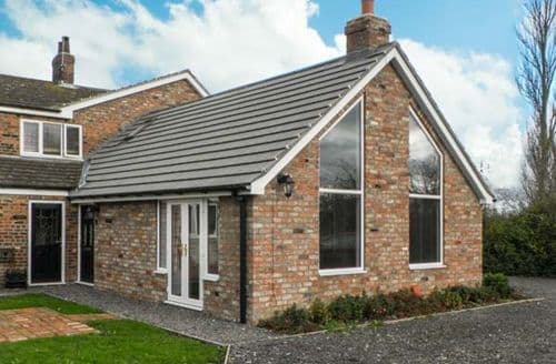 Last Minute Cottages - Attractive York Lodge S3967