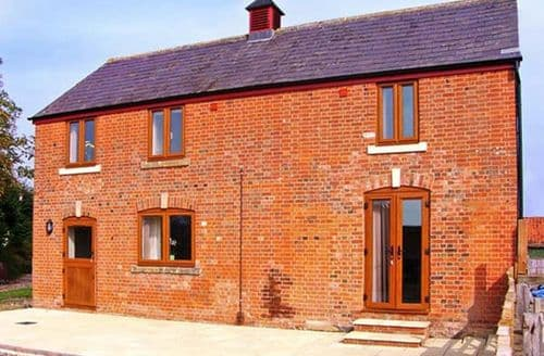 Last Minute Cottages - Quaint Melksham Cottage S3983