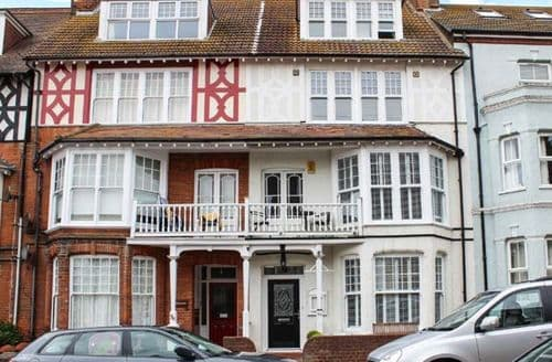 Last Minute Cottages - Charming Cromer House S2582