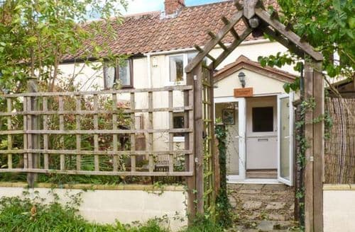 Last Minute Cottages - Railwayman's  Cottage