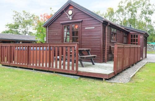 Last Minute Cottages - Cosy Newtonmore Dhubh S5840