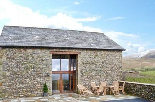 Big Cottages - Cosy Kendal Barn S4042