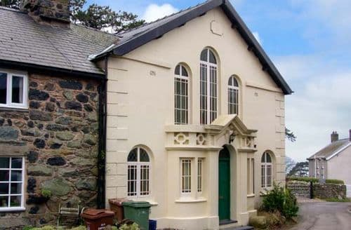 Last Minute Cottages - Splendid Llwyngwril Lodge S13305