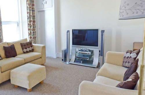 Last Minute Cottages - Quaint Teignmouth House S2631