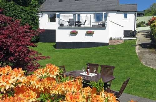 Last Minute Cottages - Halfpenny Cottage