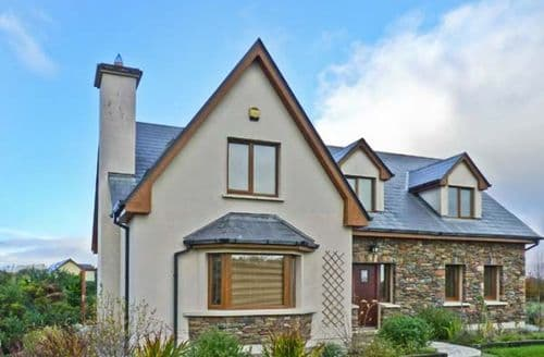 Last Minute Cottages - Radharc an tSl