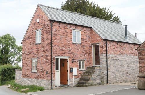 Last Minute Cottages - Woodside Barn