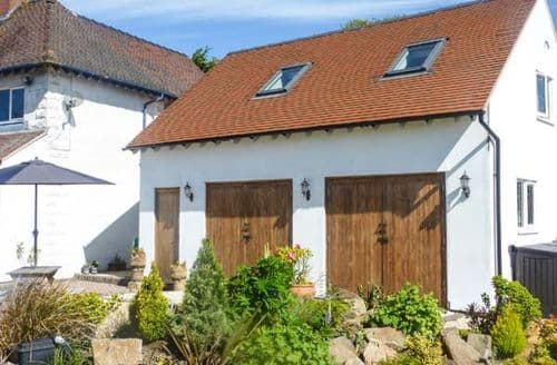 Last Minute Cottages - Charming Ludlow Rental S2692
