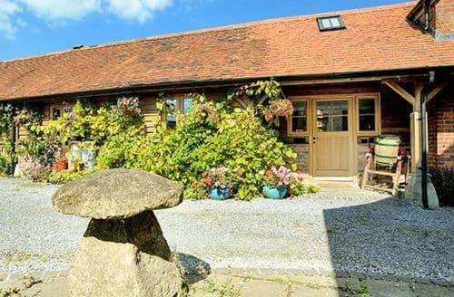 Last Minute Cottages - Tasteful Kilmington Barn S4189