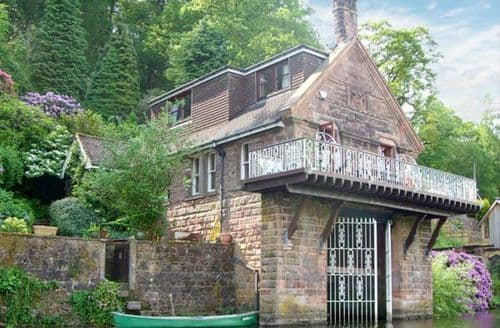 Last Minute Cottages - Horton Lodge Boathouse
