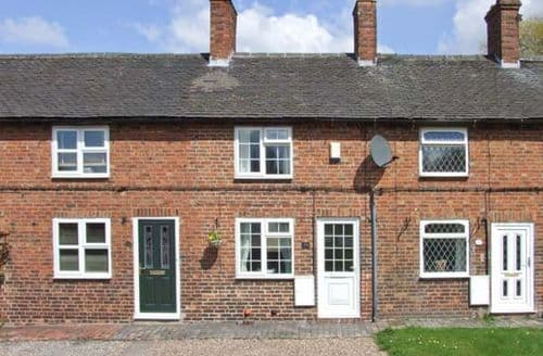 Last Minute Cottages - Charming Swadlincote Cottage S4215