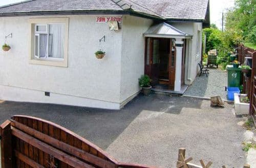 Last Minute Cottages - Bangor Cottage