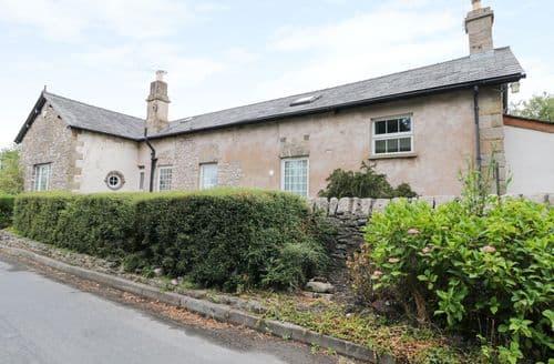 Last Minute Cottages - Wonderful Milnthorpe School S4237