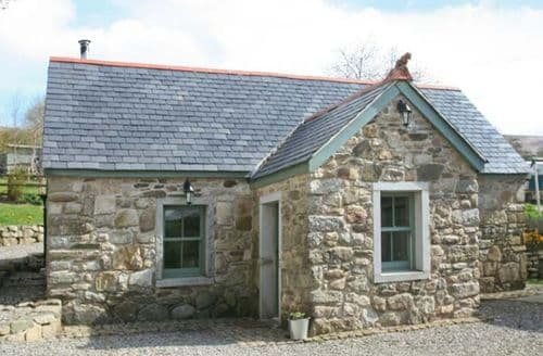 Last Minute Cottages - Exquisite  Cottage S6109