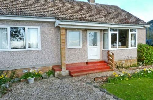 Last Minute Cottages - Lovely Melrose Cottage S6118